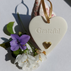 Ceramic Heart Grateful With Gold Heart
